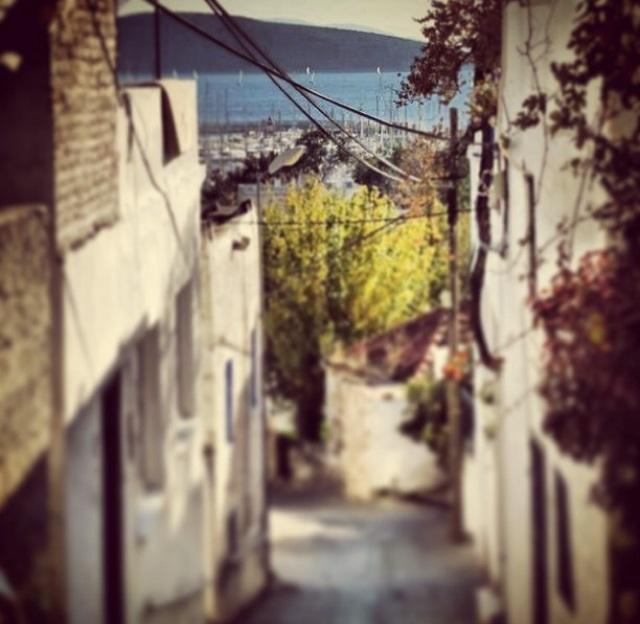 Bodrumun Denize Açılan O dar sokakları